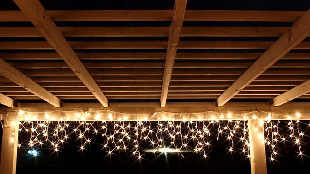 Světelná výzdoba pergoly